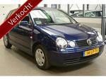 Volkswagen Polo 1.4-16V automaat 5-DRS COMFORTLINE ORG NL nette auto met climate control en cruise control