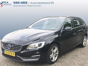 Volvo V60 2.0 D4 Momentum volleer 133 kW navigatie