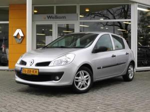 Renault Clio III 1.2 16V 75 EXPRESSION AIRCO TREKHAAK