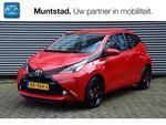 Toyota Aygo 1.0 VVT-I X-PLAY Airco LM Velgen * 7.341 km! Fabrieksgarantie t m 10-2019 *